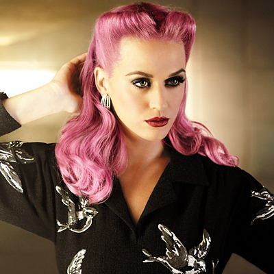 Victory Rolls Katy Perry_Salon Buzz Stay Gorgeous