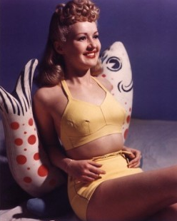 Betty Grable Pompadour_Salon Buzz Stay Gorgeous