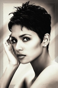 Halle Berry pixie cut_Salon Buzz Stay Gorgeous