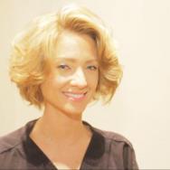 volume blond flat hair