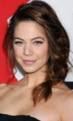 Analeigh Tipton Messy Braid
