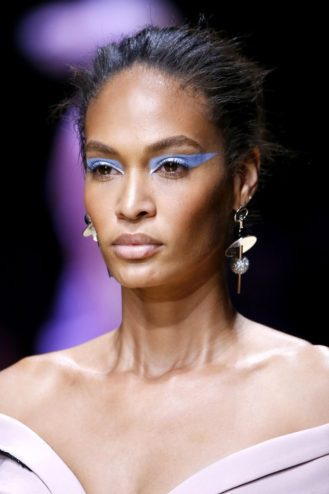 Versace Bun Joan Smalls